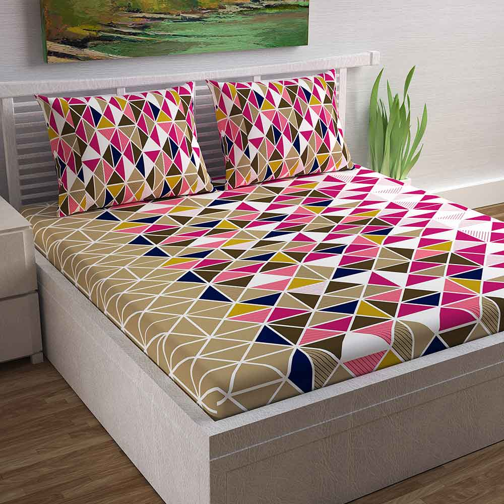 Divine Casa Magic 104 TC Cotton Double Bedsheet with 2 Pillow Covers – Geometric, Triangle Pink